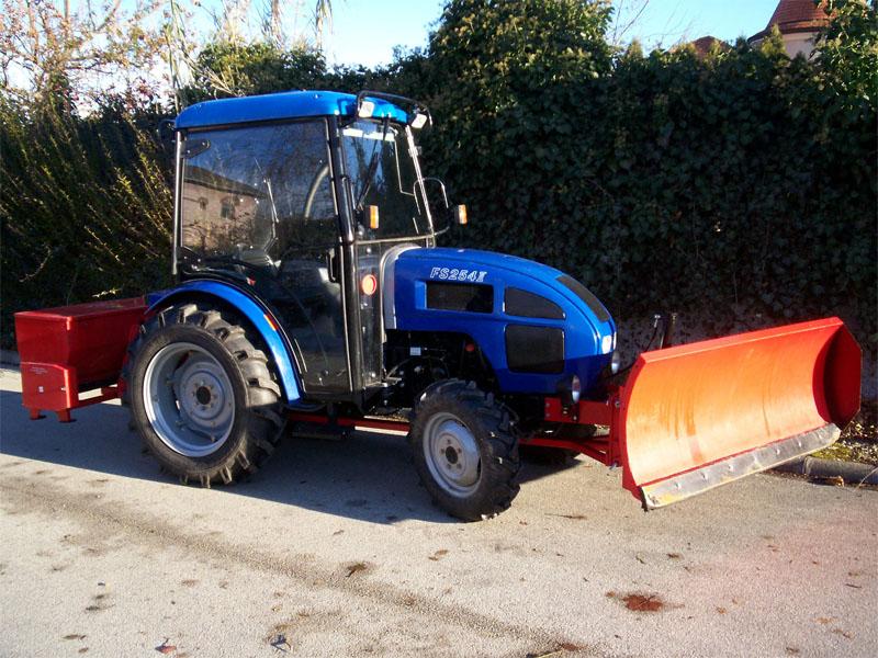 3-hotolos-traktor-soszoroval.jpg