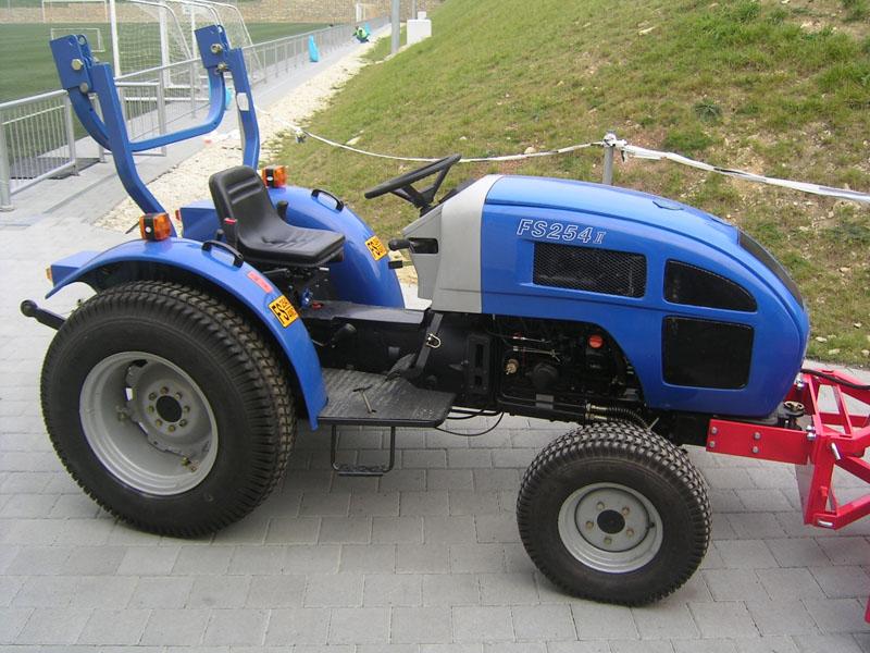 5-gyepgumis-feng-shou-kistraktor.jpg