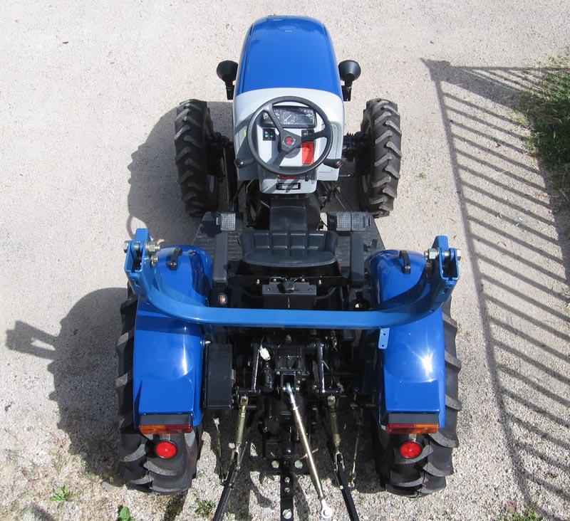 6-a-kinai-traktor-felulrol.jpg